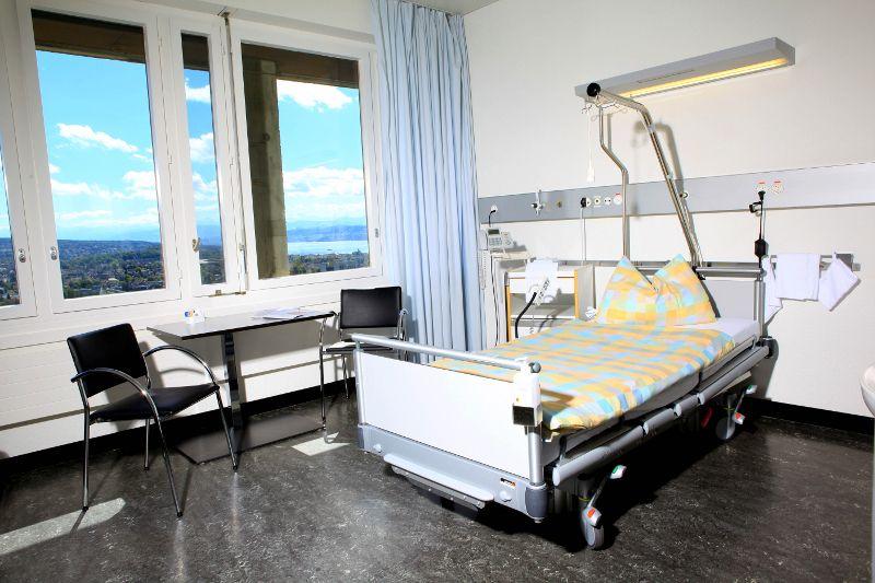 Prof. - Daniel Fink - UniversitätsSpital Zurich - chambre du patient