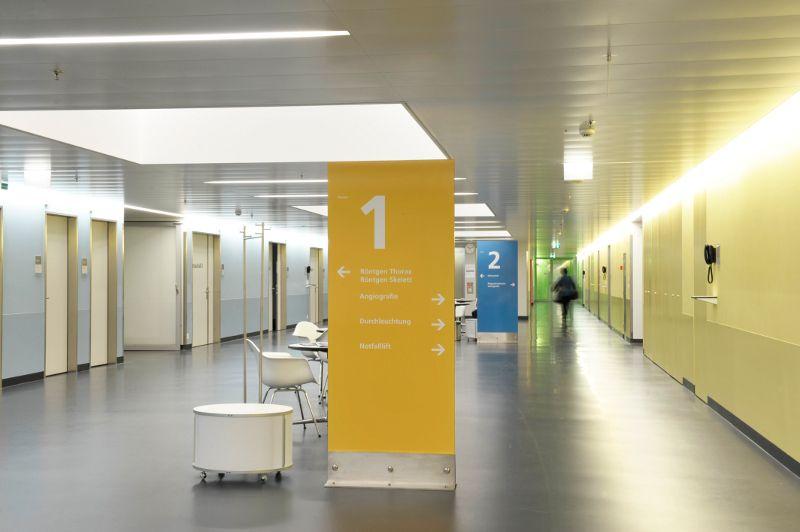Prof. - Johannes T. Heverhagen - Hôpital de l'Ile, Hôpital universitaire de Berne - vue de l'intérieur