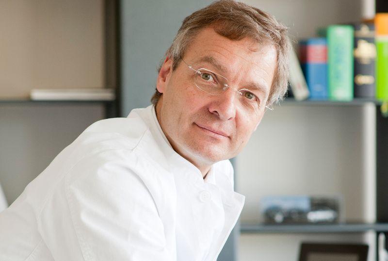 Dr - Bernward H. Mölle - Cabinet de chirurgie Dr Bernward H. Mölle - expert