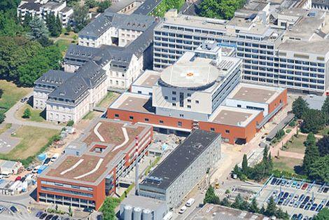 Prof. - Pan Decker - Klinikum Mutterhaus der Borromäerinnen Centre