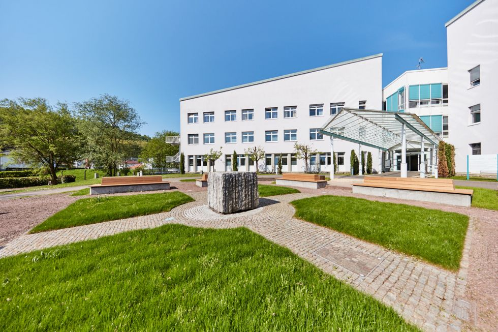 Prof. - Eberhard von Hodenberg - Centre de cardiologie MediClin de Lahr/Baden
