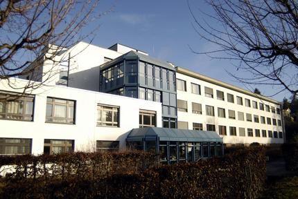 Dr - Philippe Glauser - Hôpital de Dornach
