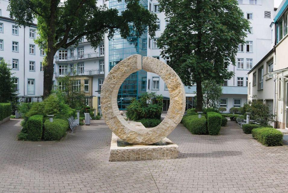 Dr - Plamen Staikov - Hôpital Sachsenhausen